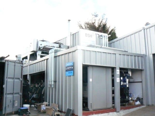 Installation of an adiabatic cooler
